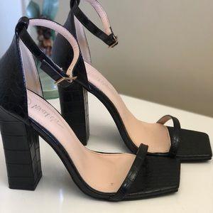 Nasty Gal Black Strap Block Heel Sandals